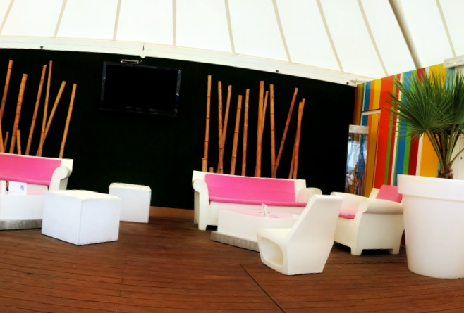 Chic et raffin on choisit le salon de jardin design for Salon de jardin 2015