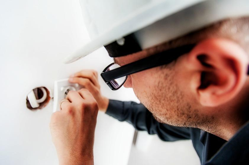 Respectez ces quelques points pour trouver un électricien compétent !